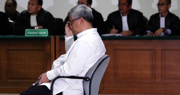 Hasil Korupsi Tidak Dikembalikan, Akil Mochtar Dihukum Seumur Hidup