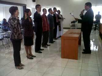 GM Swastisari Kupang Lantik Enam Pejabat Baru