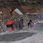 Pekerjaan Penahan dan Drainase pada Pembangunan Jalan Bokong-Lelogama