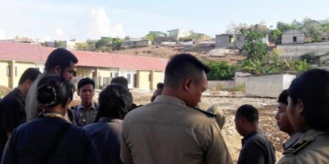 Pihak PTUN Saat Lakukan Peninjauan Langsung di Lokasi Sengketa