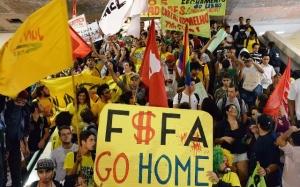 Gelombang Protes Anti-Piala Dunia Terus Mengalir