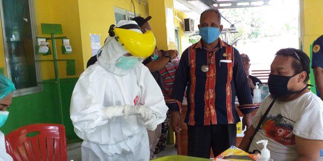 Zeyto Ratuarat & Mohammad Ansor Sponsori Pembentukan TPP Covid-19 Kelurahan Nefonaek